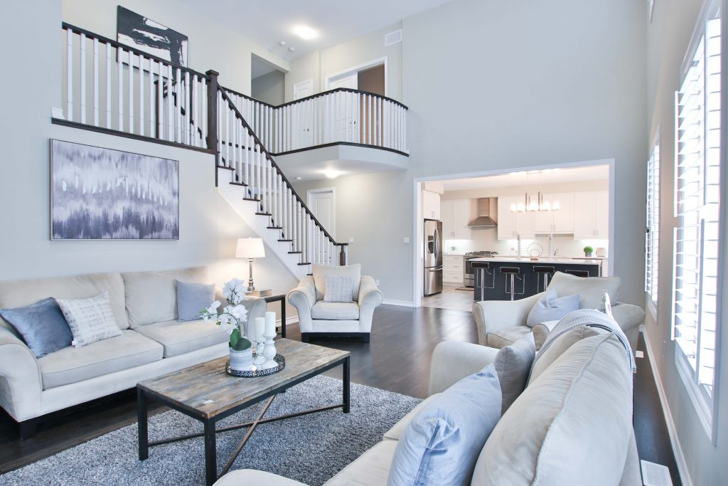 Comment le service de nettoyage résidentiel à domicile est-il déterminé à Montréal?